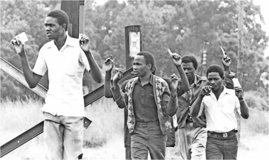 JARIBIO LA MAPINDUZI 1982: Waliopanga njama walivyonyongwa