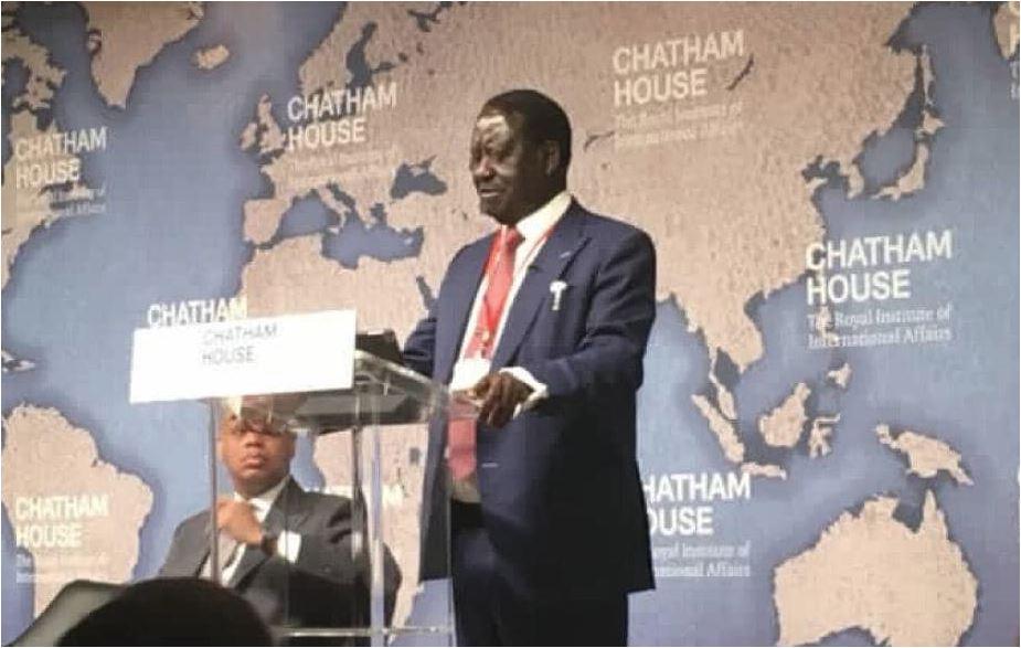 Raila apigia debe handisheki Uingereza