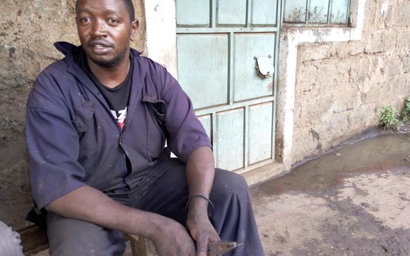 WATU NA KAZI ZAO: Hutengeneza breki za tuktuk