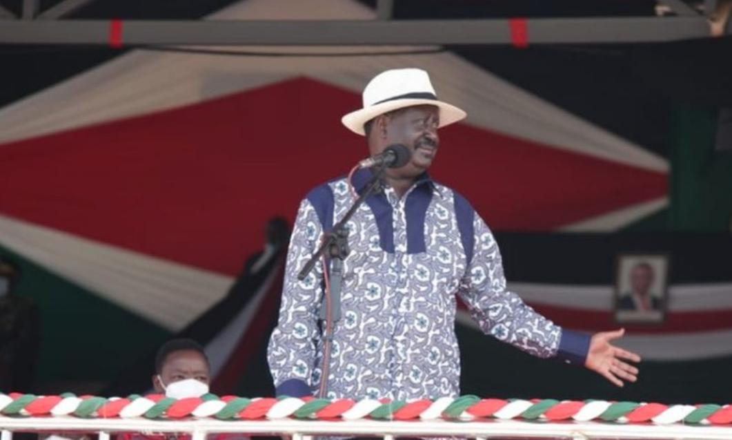 Nitawapa mashine za kisasa kuchapa kazi nikiingia Ikulu 2022, Raila aahidi vijana
