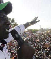 Raila na Ruto wachuuza asali chungu